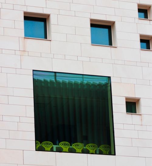 Vue d'Ehundura, un des immeubles issus du projet ile de Nantes (www.iledenantes.com)