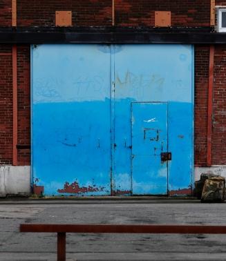 Bleu et briques, quai des Antilles..