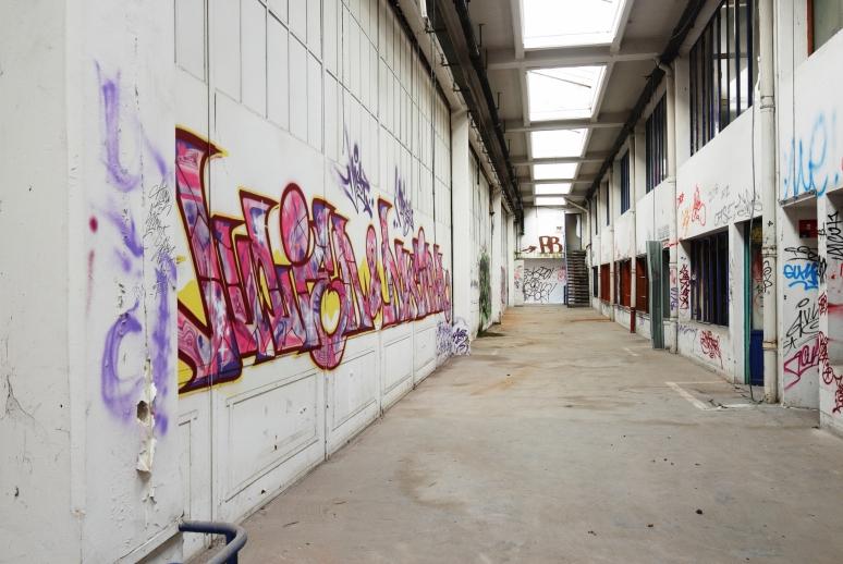 art2rue clxiii vetrotex a entre graffiti et urbex suite et fin street art scenik. Black Bedroom Furniture Sets. Home Design Ideas